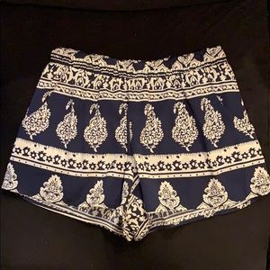 Quin Blue Patterned Silk Shorts Size S